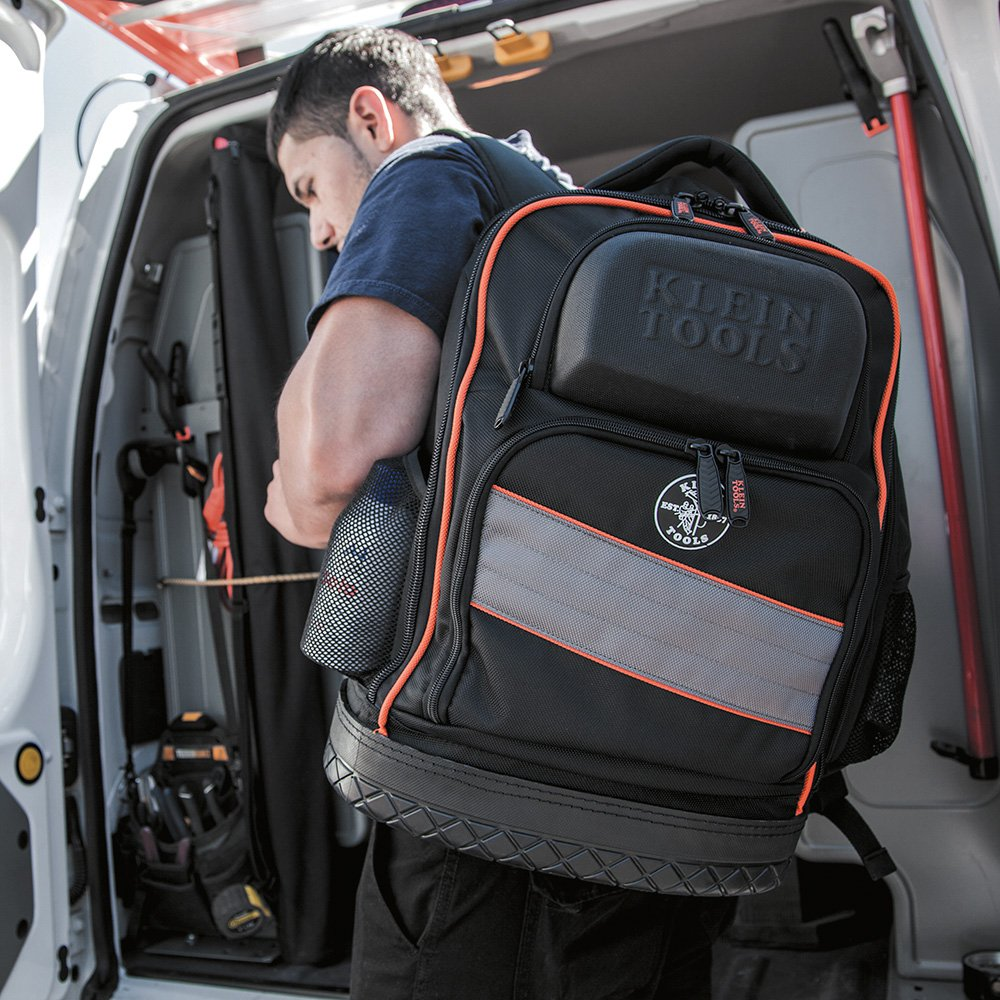 What Are The Advantages of Using a Tool Backpack